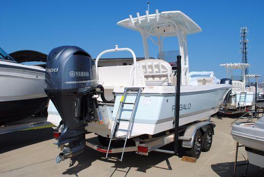 2017 Robalo 246 Cayman Bay Boat