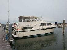 1985 Chris-Craft 381Catalina