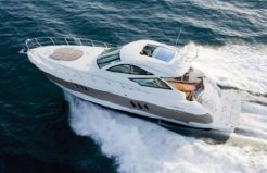 2015 Cruisers Yachts 540 Sports Coupe