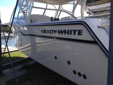 2014 Grady-White 307 Freedom