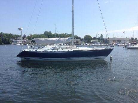 1989 C&C Yachts 37R