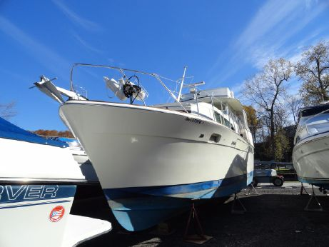 1974 Chris Craft 41 Commander - FRESHWATER ONLY
