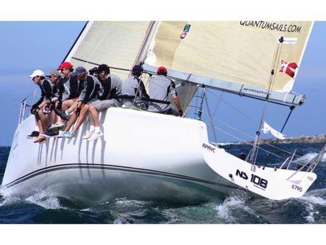 2007 Northshore 369