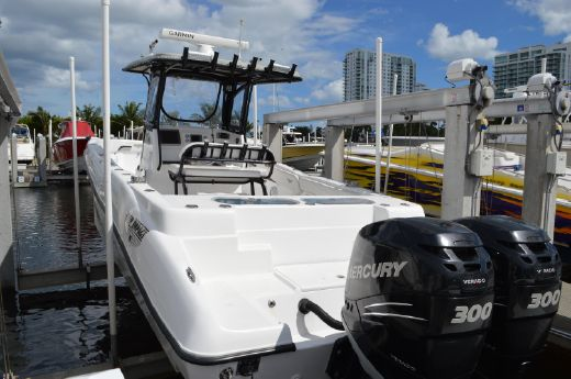 2013 Deep Impact 330 Open Center Console