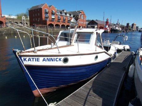 1978 Mitchell Newhaven Sea Angler 23