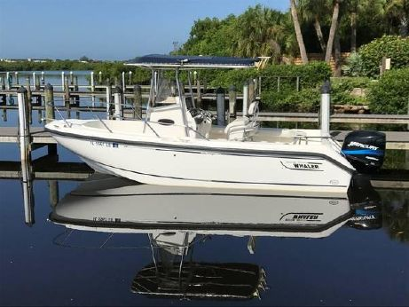 2001 Boston Whaler Outrage 210