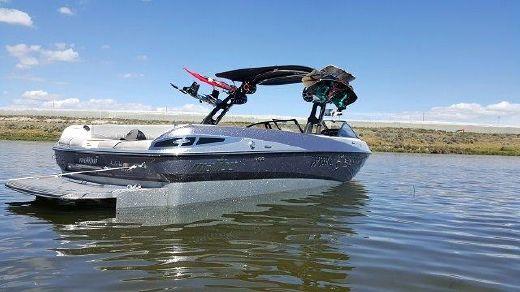 2013 Malibu Wakesetter 247 LSV