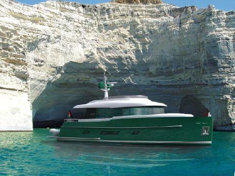 2015 Gamma Yachts 16
