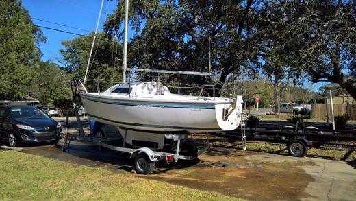 2003 Catalina 18