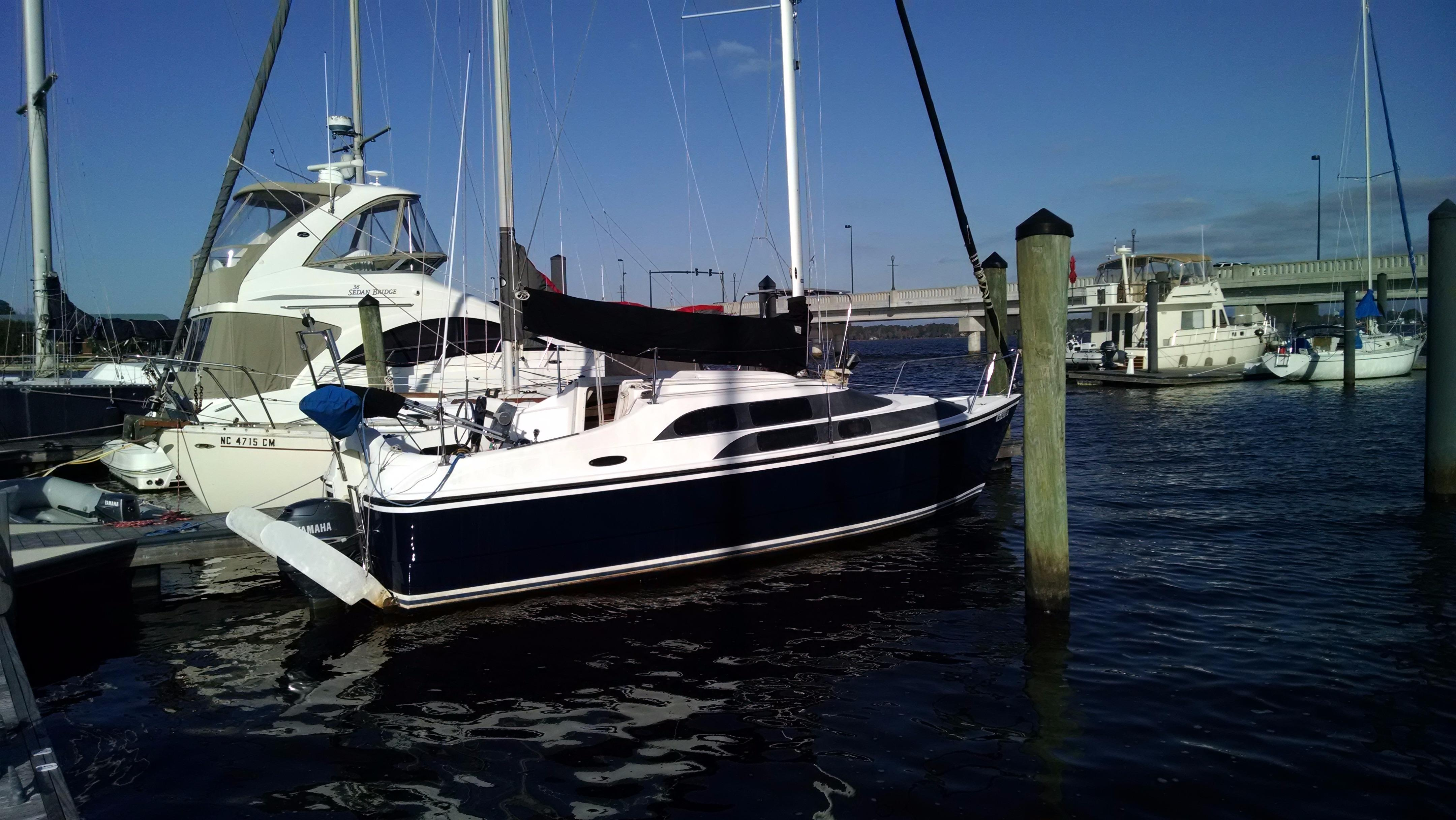 New Bern (NC) United States  City new picture : 2006 Macgregor 26M Sail Boat For Sale www.yachtworld.com