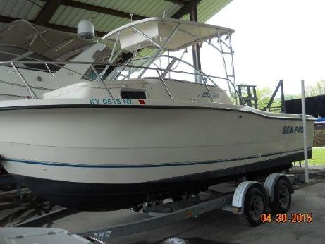 1998 Sea Pro 235 Walk Around