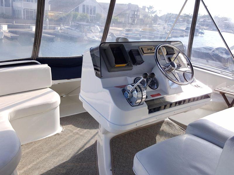 photo of 35' Mainship 34 Motor Yacht