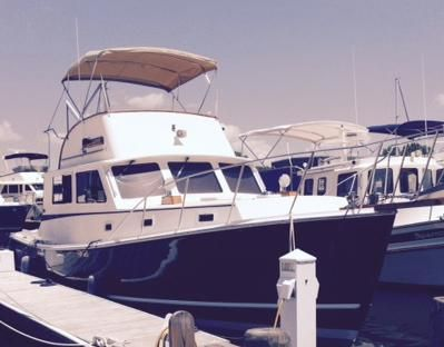 1987 Wilbur 38 Flybridge Cruiser