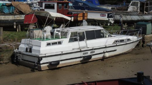 1988 Ideal 40 Ex Broads Cruiser
