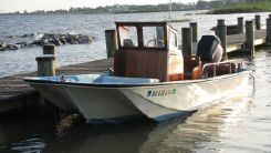 1968 Boston Whaler 17 Eastport (Fully Restored)