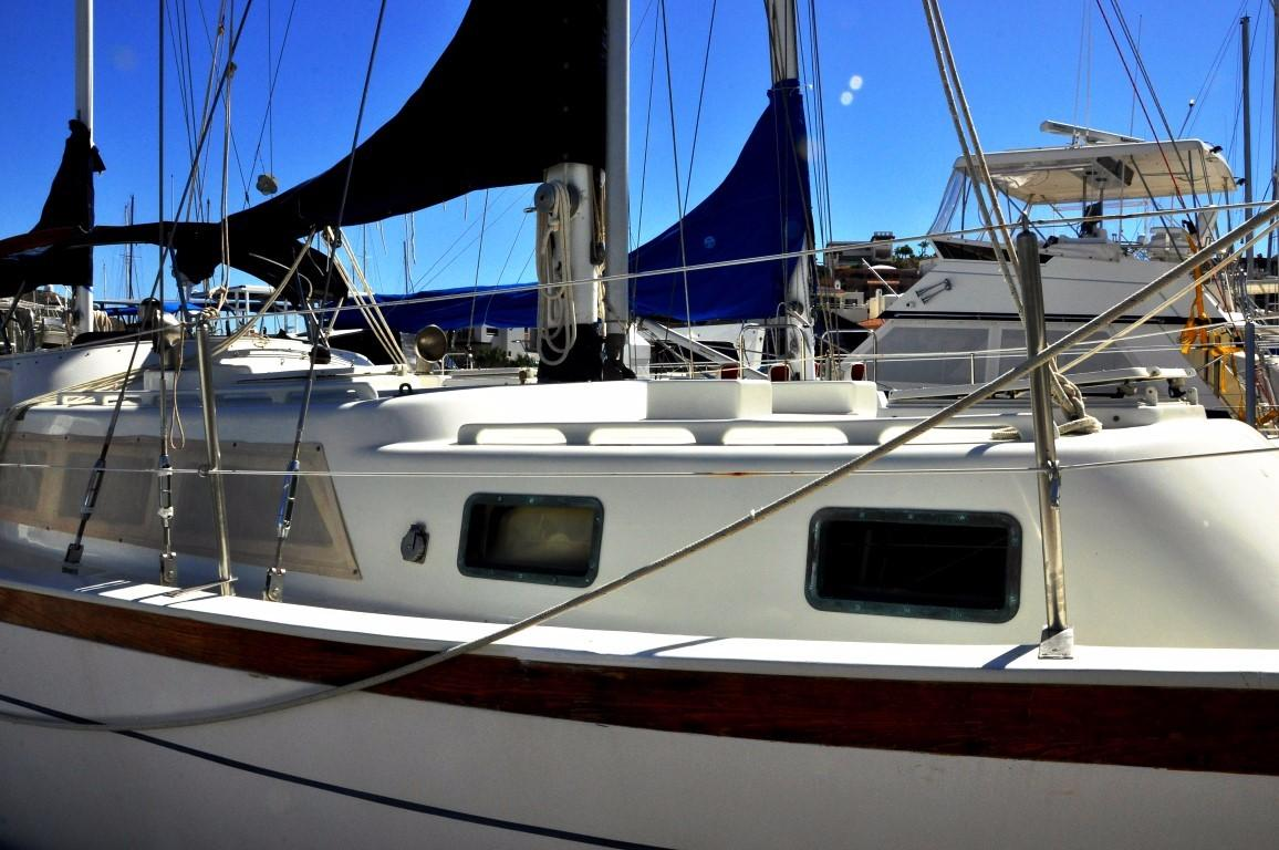 47' Perry Ketch+Photo 47