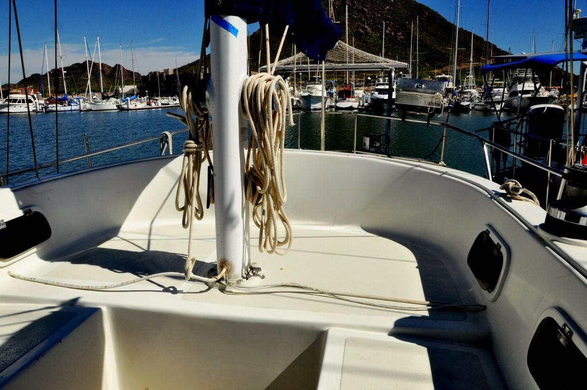47' Perry Ketch+Photo 44