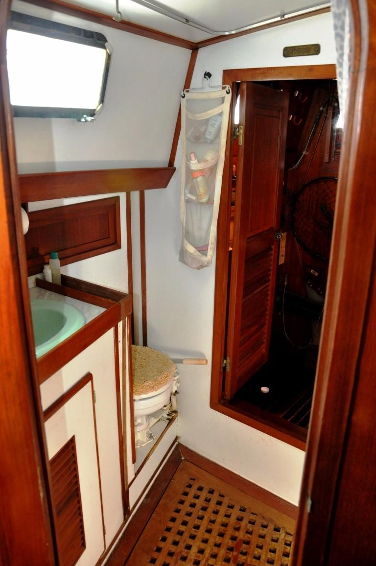 47' Perry Ketch+Photo 30