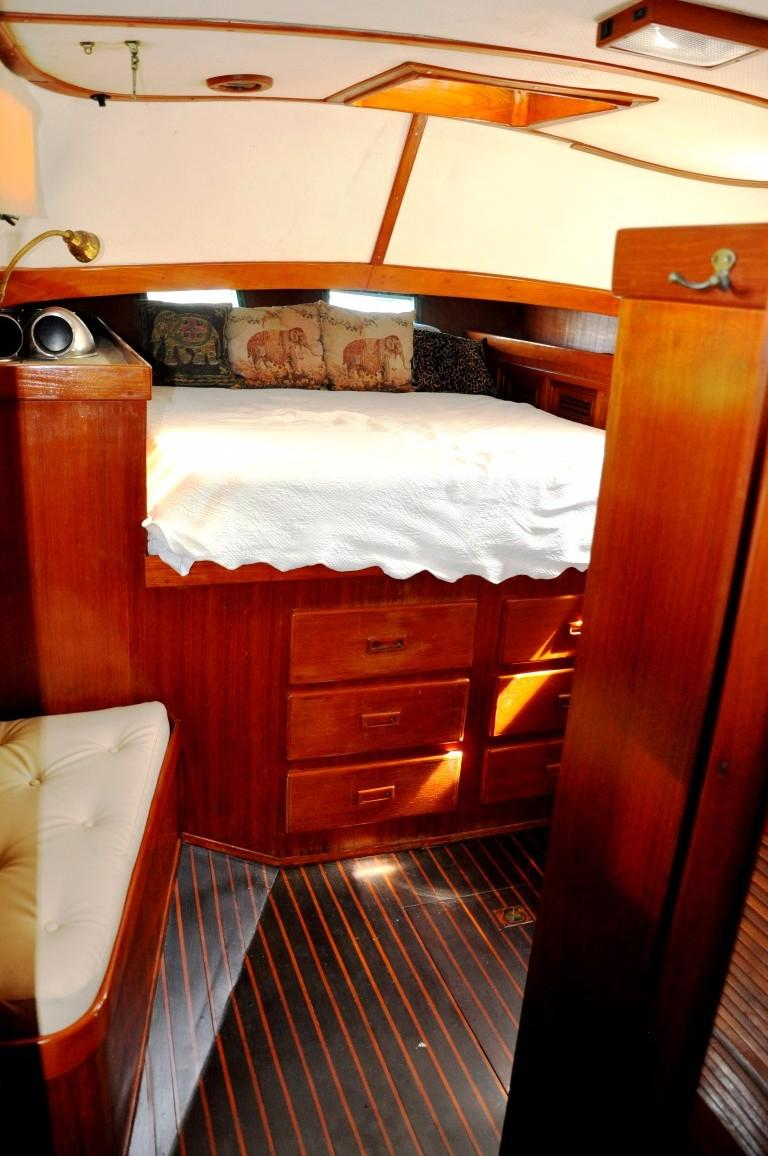 47' Perry Ketch+Aft Cabin