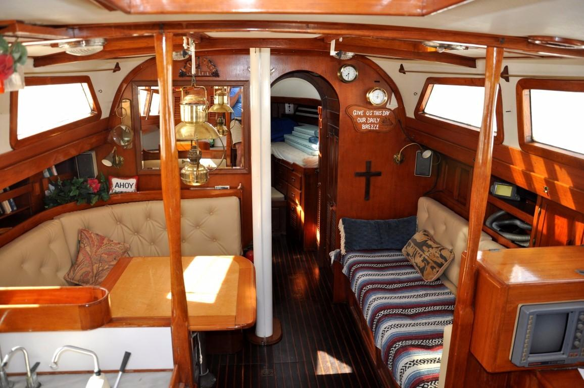 47' Perry Ketch+Photo 5