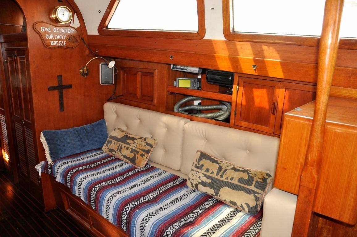 47' Perry Ketch+Photo 10