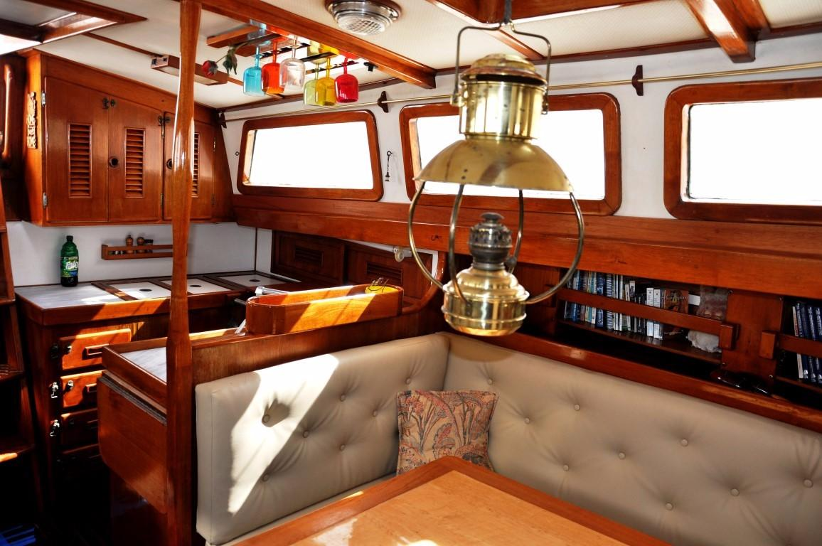 47' Perry Ketch+Photo 12