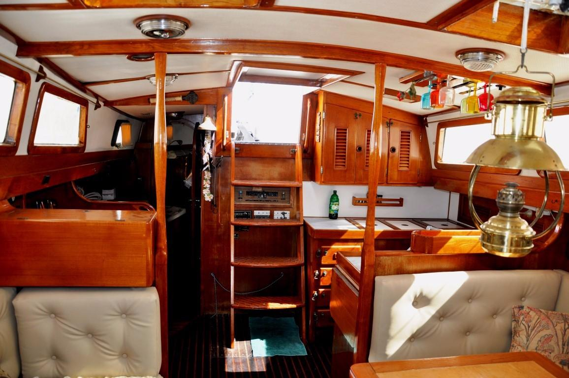 47' Perry Ketch+Photo 15