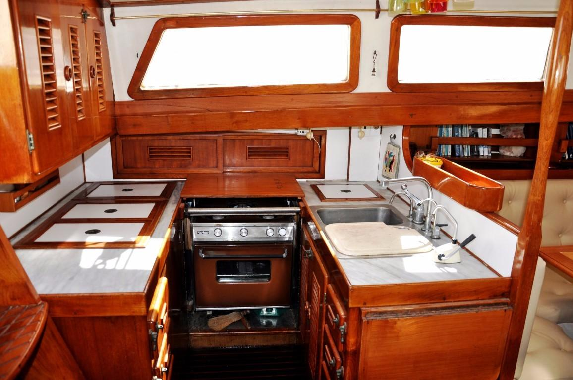 47' Perry Ketch+Photo 16