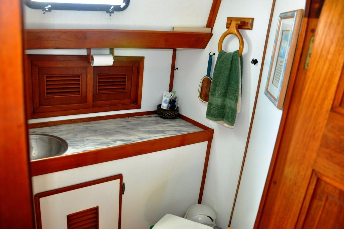 47' Perry Ketch+Photo 31