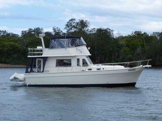 2009 Mainship Trawler 45