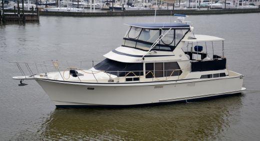 1989 Tollycraft 44 Cockpit Motor Yacht
