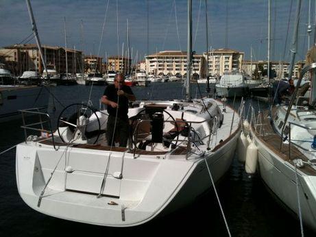 2010 Dufour 425