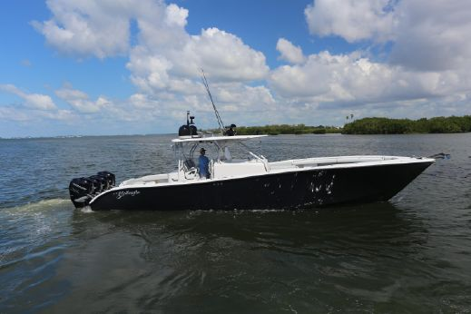 2010 Yellowfin 42' Offshore