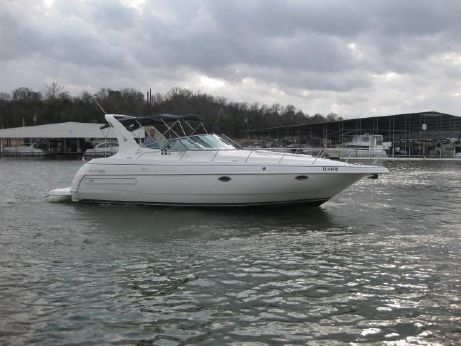 1997 Cruisers Yachts 3575