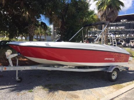 2016 Bayliner Element XL