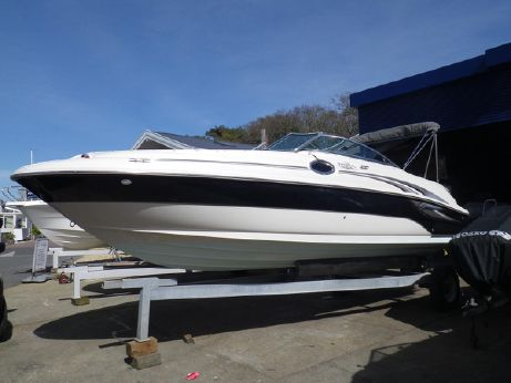 2004 Searay 240 Sundeck
