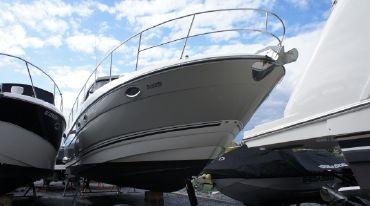 thumbnail photo 0: 2009 Monterey 400 IPS Sport Yacht