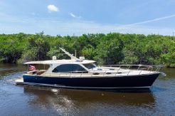 2019 Palm Beach Motor Yachts PB52