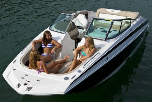 2015 Regal 24 Fasdeck