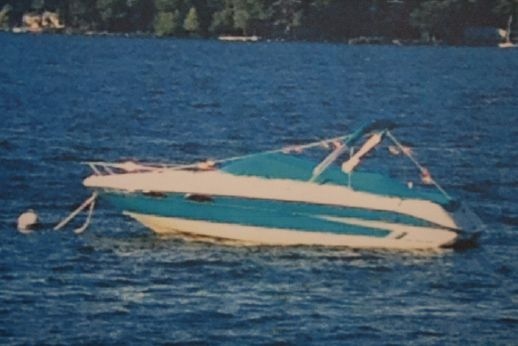1995 Sea Ray 220 Overnighter