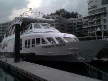 1987 Singmarine 118 Harbor Queen
