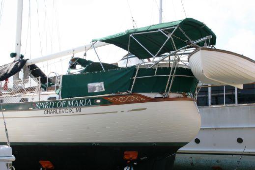 1984 Baba 35- fiberglass decks