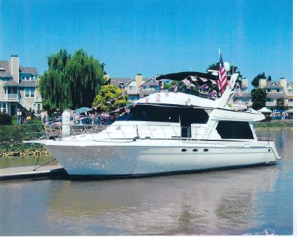 1995 Navigator 5300 Pilothouse Sundancer