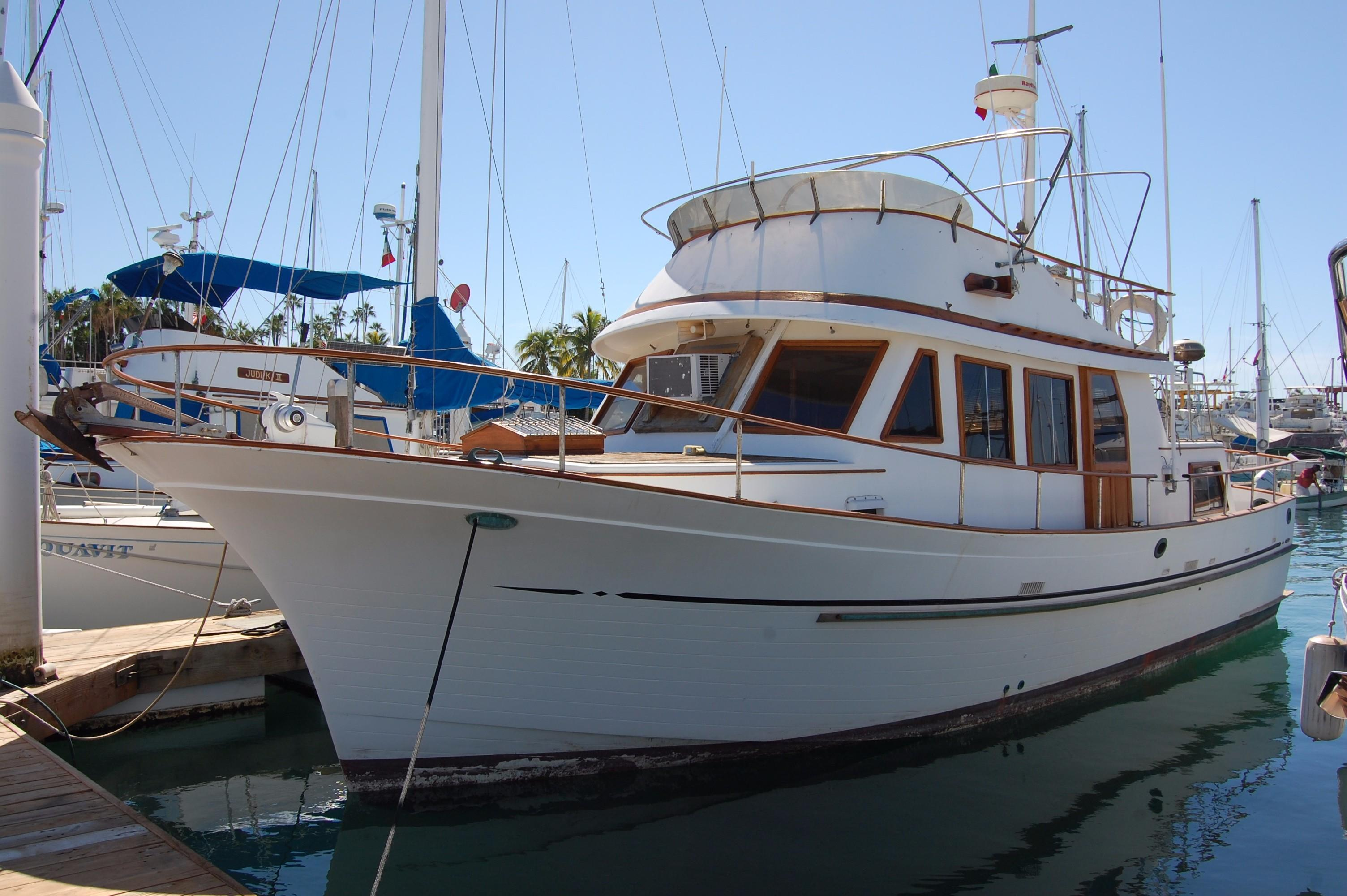40' Hershine Trawler+Photo 5