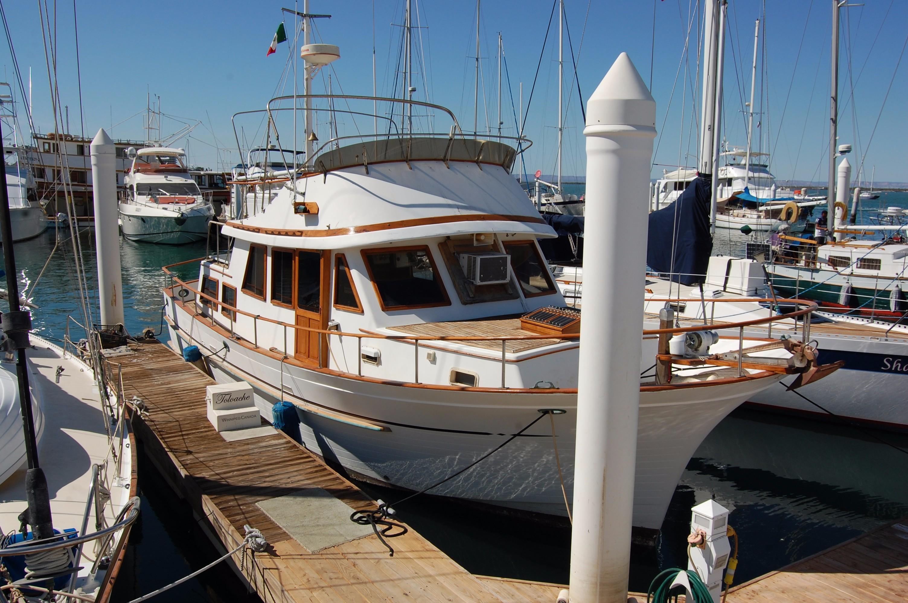 40' Hershine Trawler+Photo 6