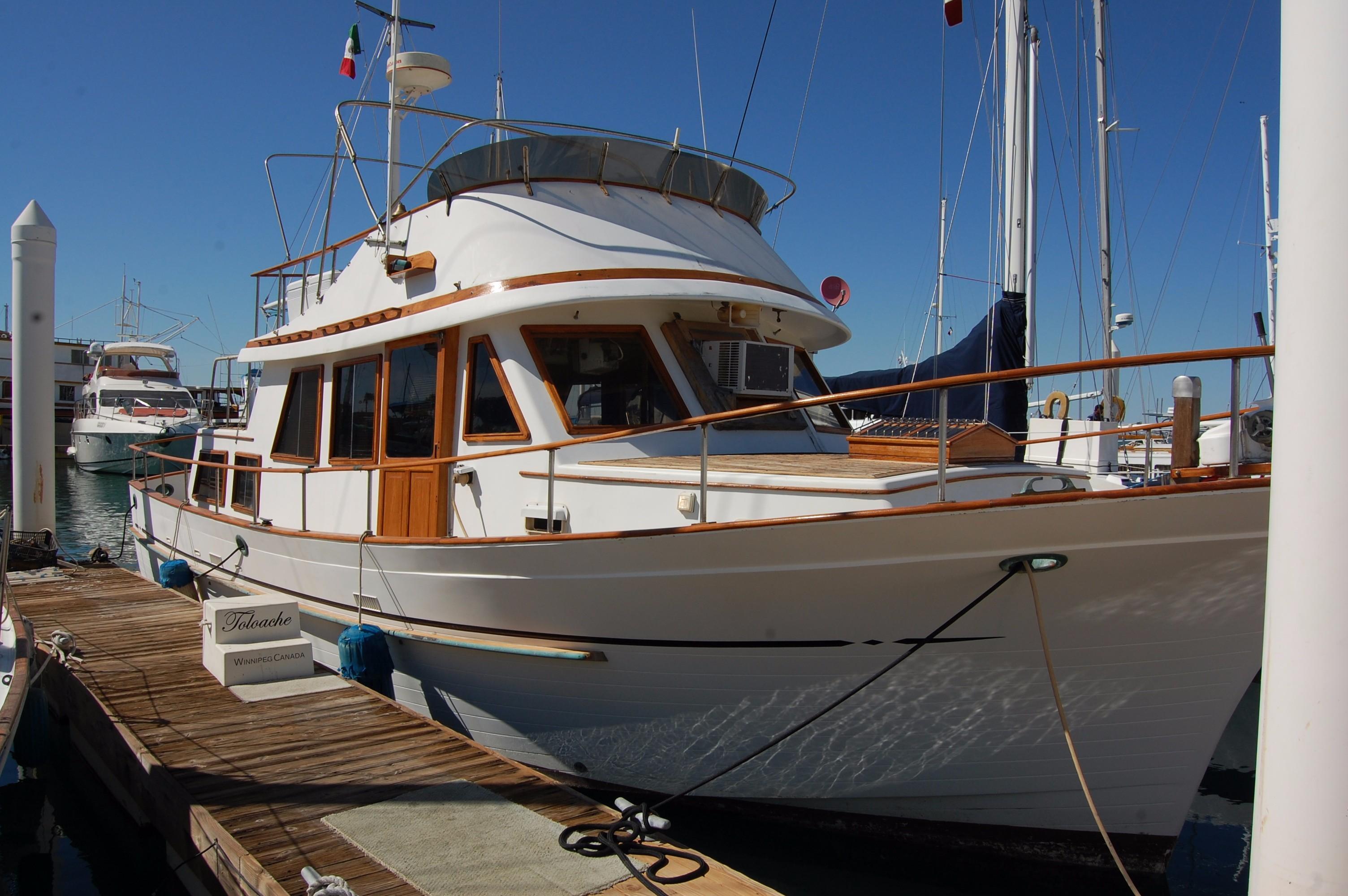 40' Hershine Trawler+Photo 7