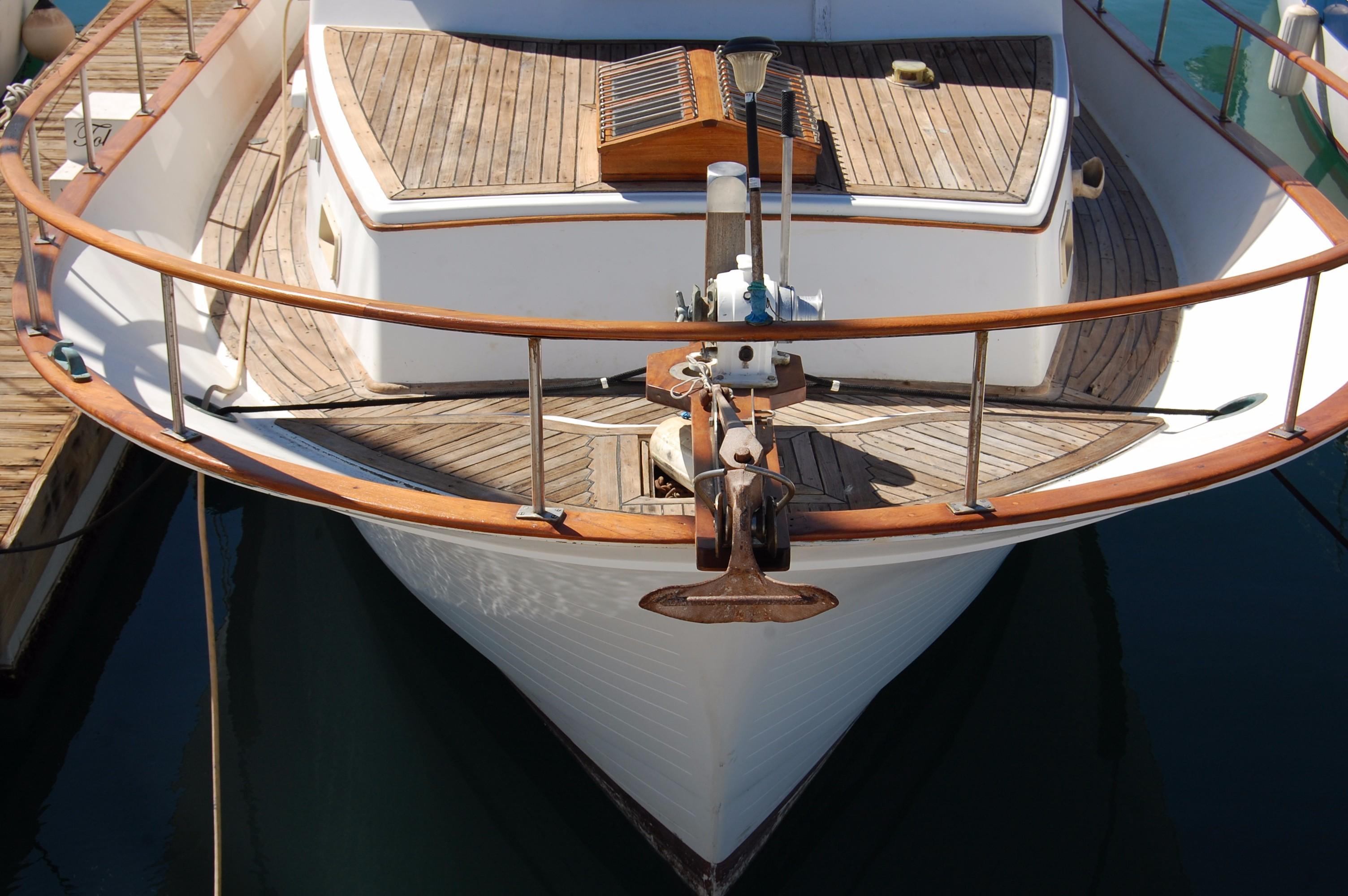 40' Hershine Trawler+Photo 9