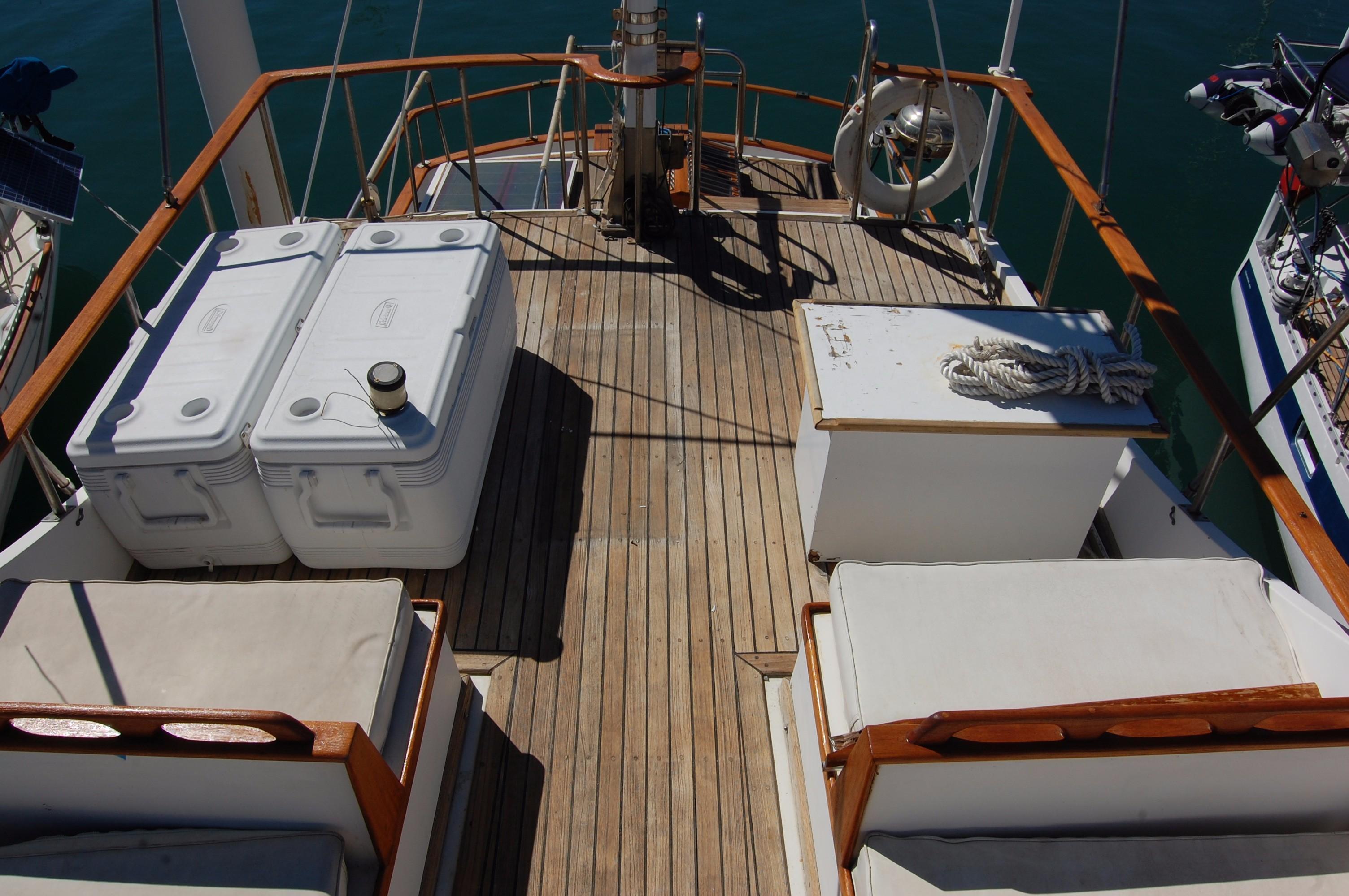 40' Hershine Trawler+Photo 19