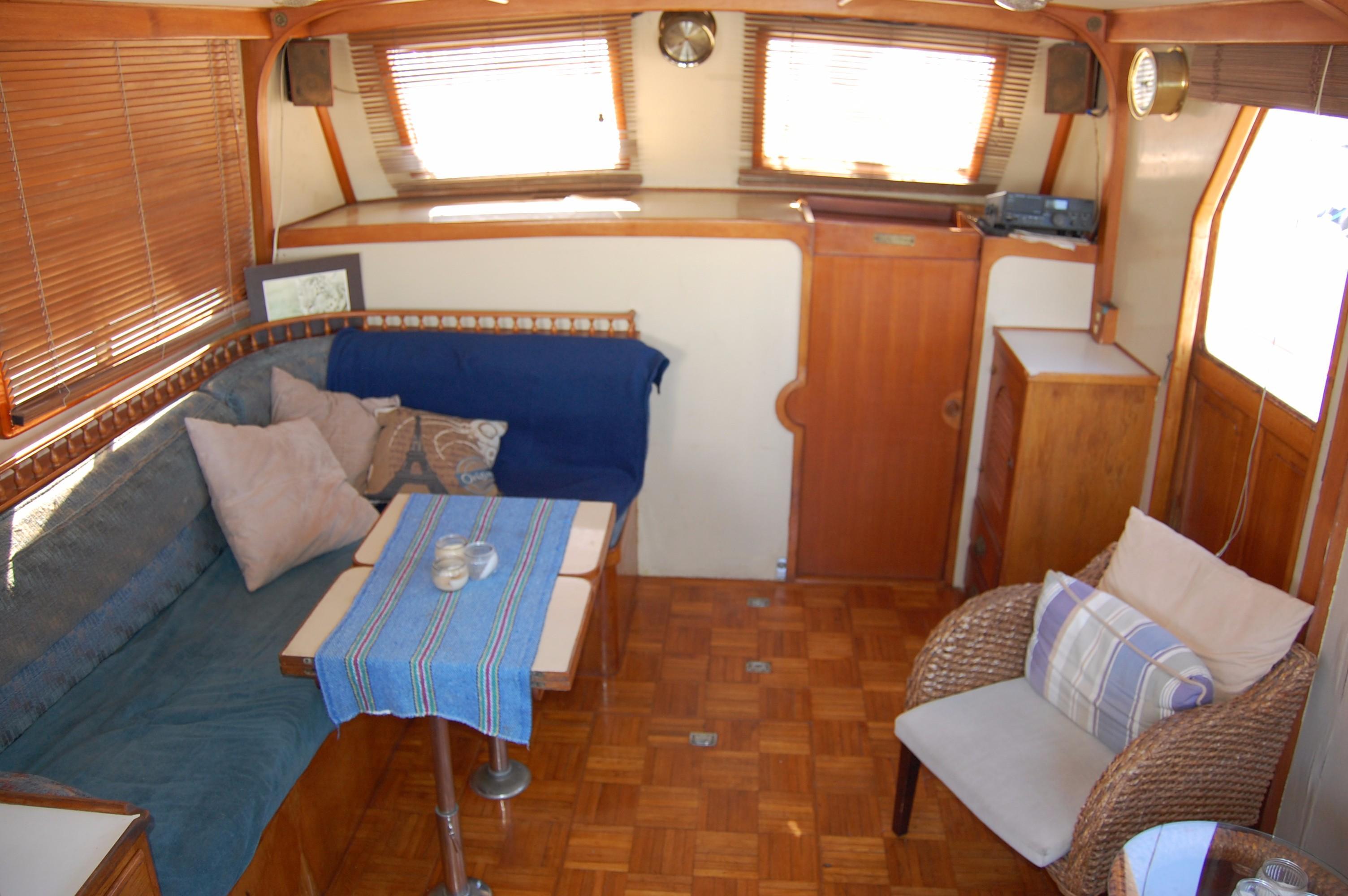 40' Hershine Trawler+Photo 23