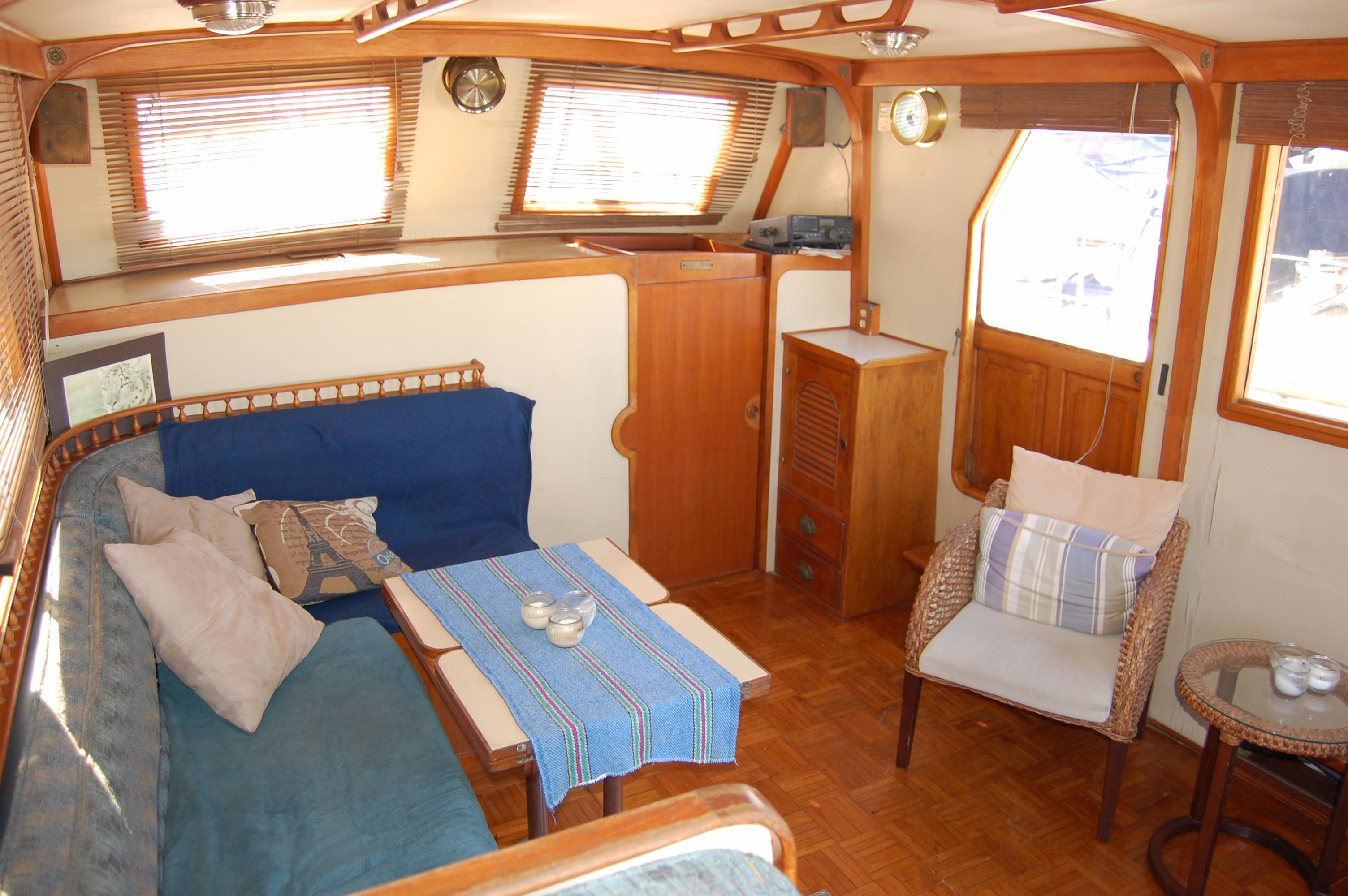 40' Hershine Trawler+Photo 24